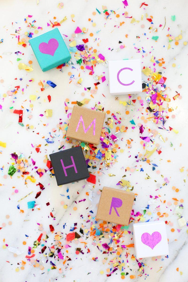 DIY Personalized Mini Gift Boxes | lovelyindeed.com
