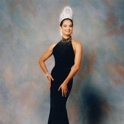 vestidos miss universo 1990 lupita jones - Google Search