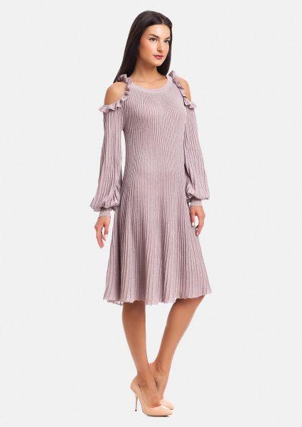 7de90cd071c Платье гофре с открытыми плечами