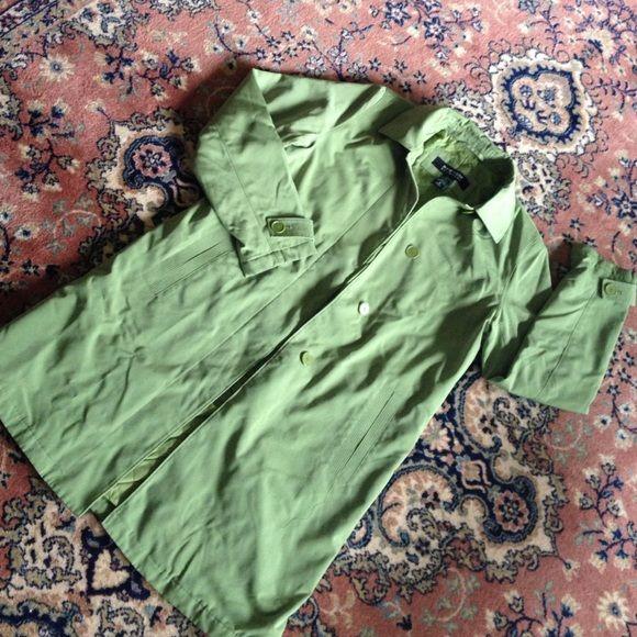 Green coat . Has a pea coat appearance. No damage . Women's small . New York & Company Jackets & Coats
