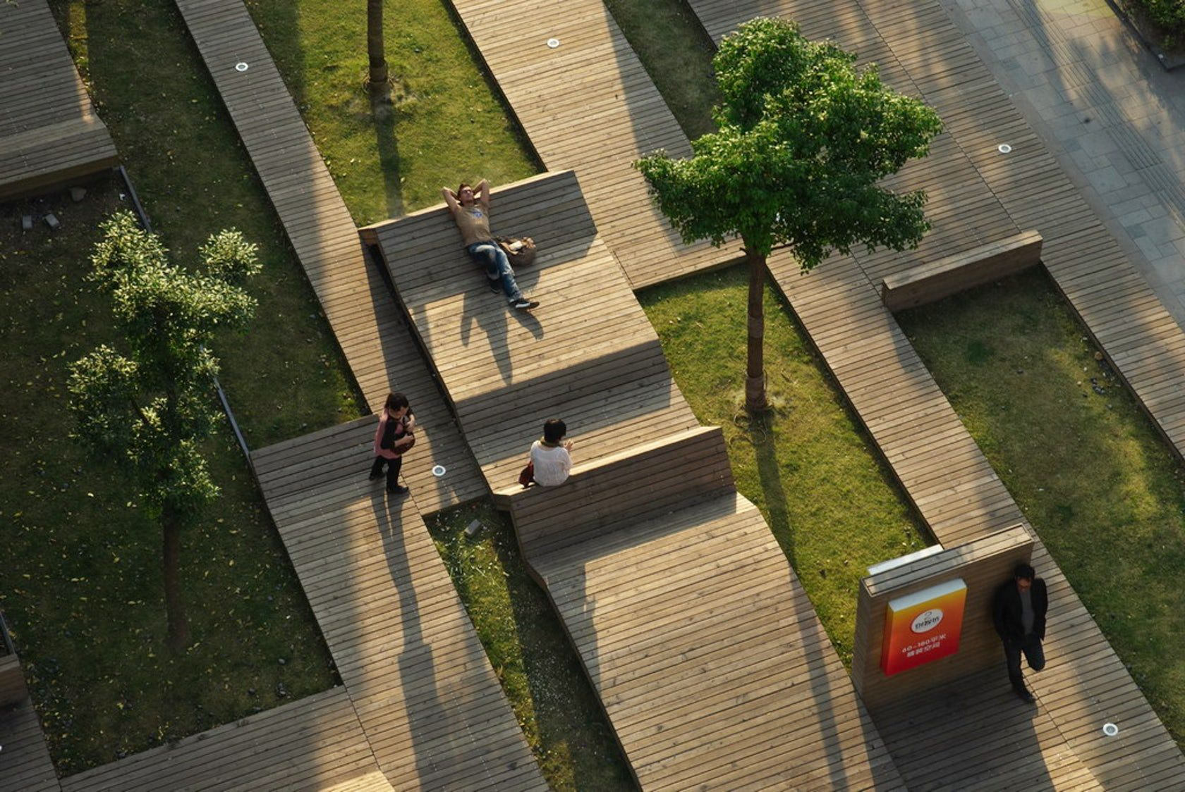 Week 2 Iiturbanism Kik Park Is A Small Park In A Dense Area Within Shanghai China The Pocket Park Serves A Parking Design Landscape Architecture Urban Park