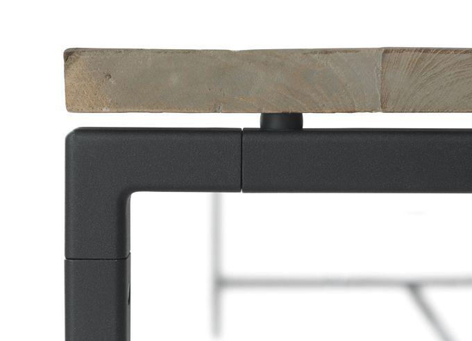 vipp-table-6 Einrichtung aus Holz - tolle Möbel und Accessoires