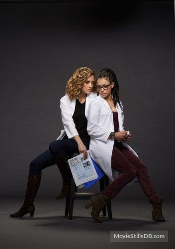 orphan black season 2 promo shot of tatiana maslany