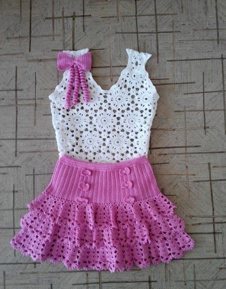 Click to view pattern for - Crochet blouse and skirt for girl