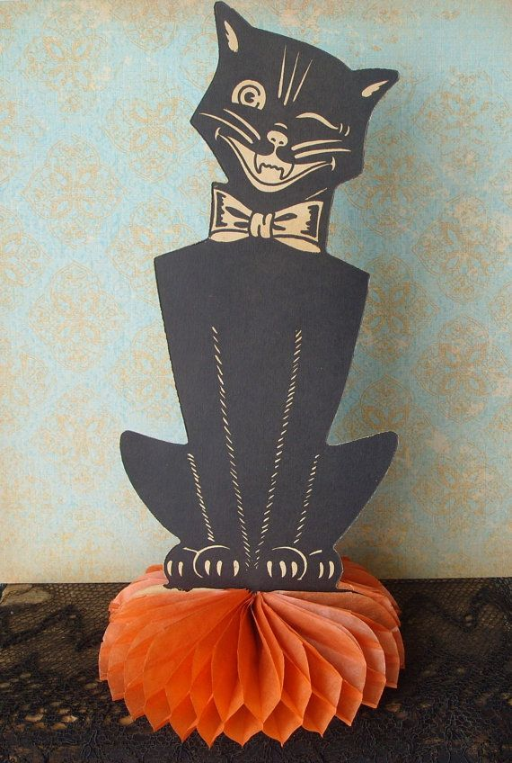 Vintage 1940\u0027s Beistle Die Cut Black Cat Honeycomb Halloween