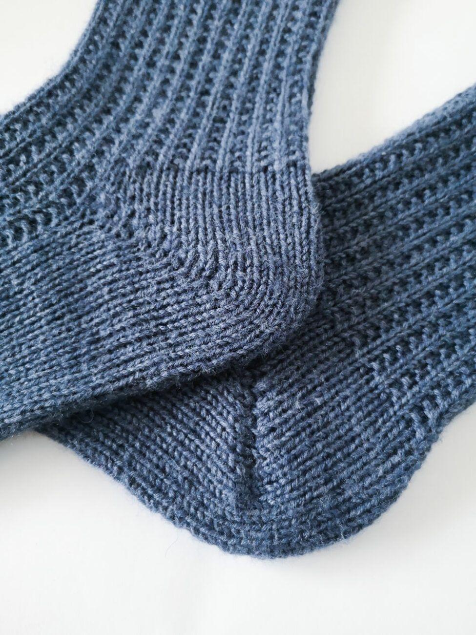 Socken über Socken {Modelle und Garne