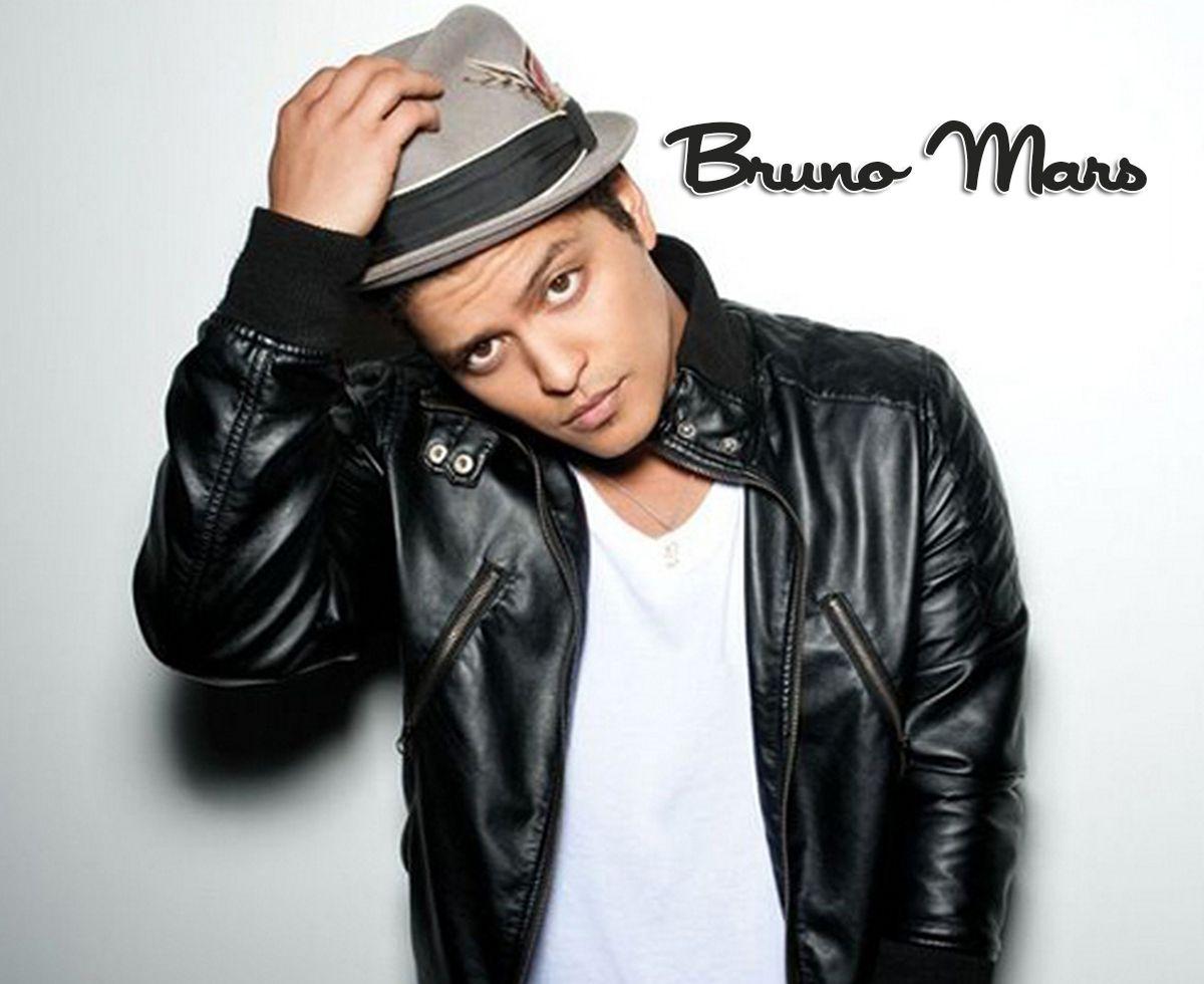 Bruno Mars Cool Look Picture Wallpaper
