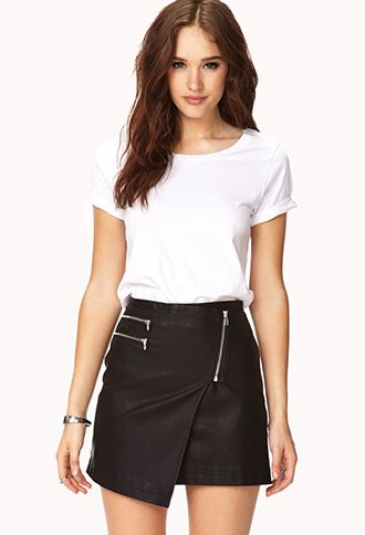 2484866cd57 Classic Relaxed Fit Tee   FOREVER21 - 2000128723 #ForeverHoliday ...