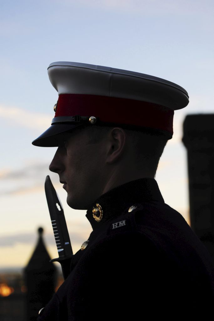 The Royal Marines Reserve (RMR) was given a rare honour recently when they formed the Guard at Edinburgh Castle, in full view of the hundreds of visitors at the Esplanade into the castle itself. The Marines, from RMR Scotland, were resplendent in their dark No.1 uniforms, white gloves and Peak Caps for the ceremonial Guard duties.
