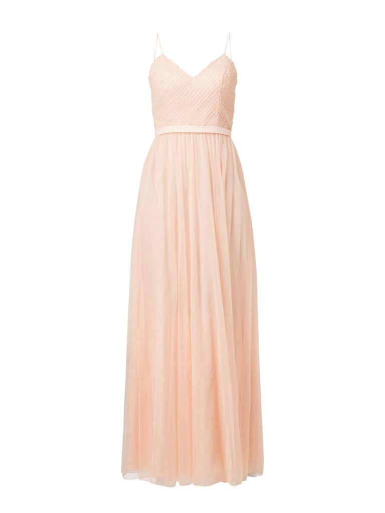 pin auf haute couture dresses