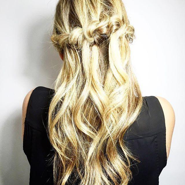 All Knotted up by @sonia_hairstory . . . #hairgoals #braids #twists #likeforlike #kevinmurphy #beauty #hairtrend #hair #torontosalon #torontosbest #love #blogto #modernsalon #salonmagazine