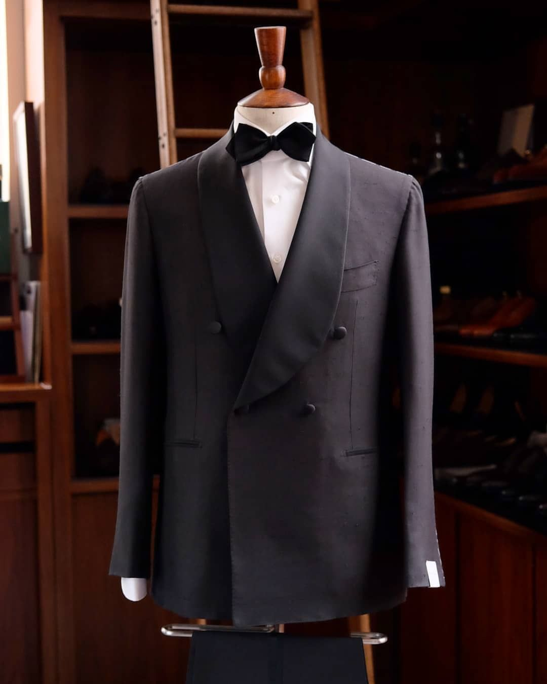0a03748ae8b90d Our shawl collar tuxedo model by Orazio Luciano inspired by the amazing  ivory shawl dinner jacket that Humphrey Bogart wore in Casablanca.