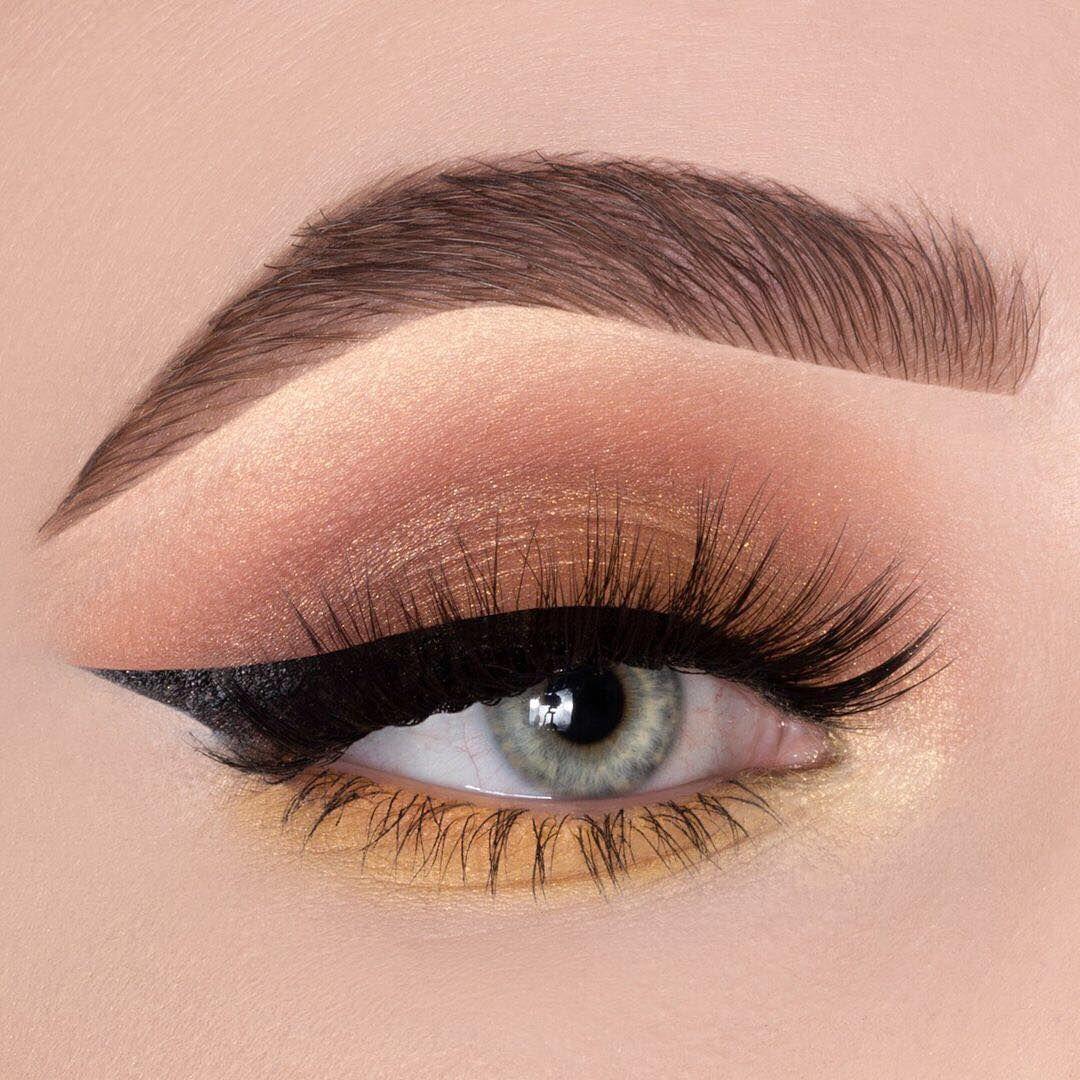 Stunning eye makeup looks to inspire you,smoky eye makeup, eye makeup for brown eyes ,eye makeup for blue eyes,eye makeup looks,seductive eye makeup