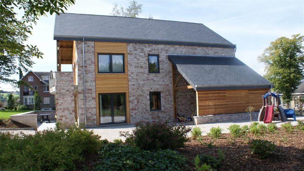 maison passive en pierre et bois chalet pinterest rural house architecture and facades. Black Bedroom Furniture Sets. Home Design Ideas