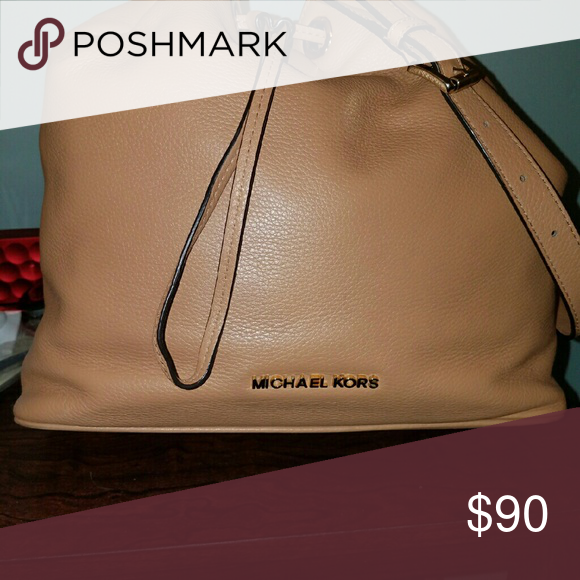 Michael Kors drawstring Soft and chic medium strap bag.  Great condition. Michael Kors Bags Shoulder Bags