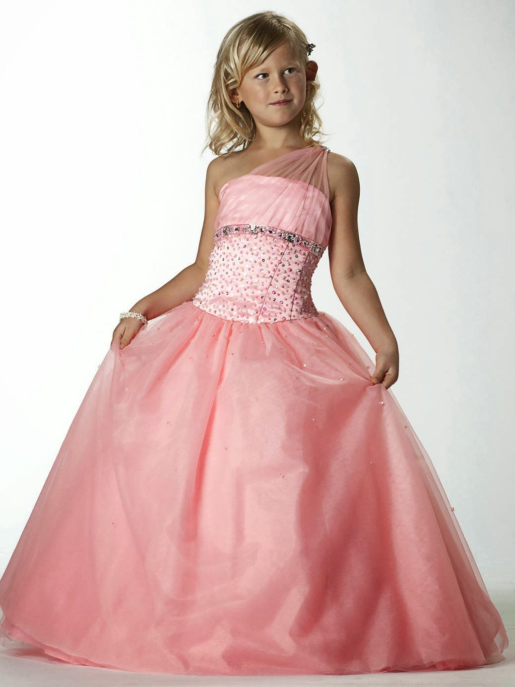 Lindos Vestidos de fiesta para niña | Moda y Tendencias | Ropa de ...