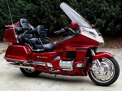 Click on image to download HONDA GOLDWING GL1500 SERVICE
