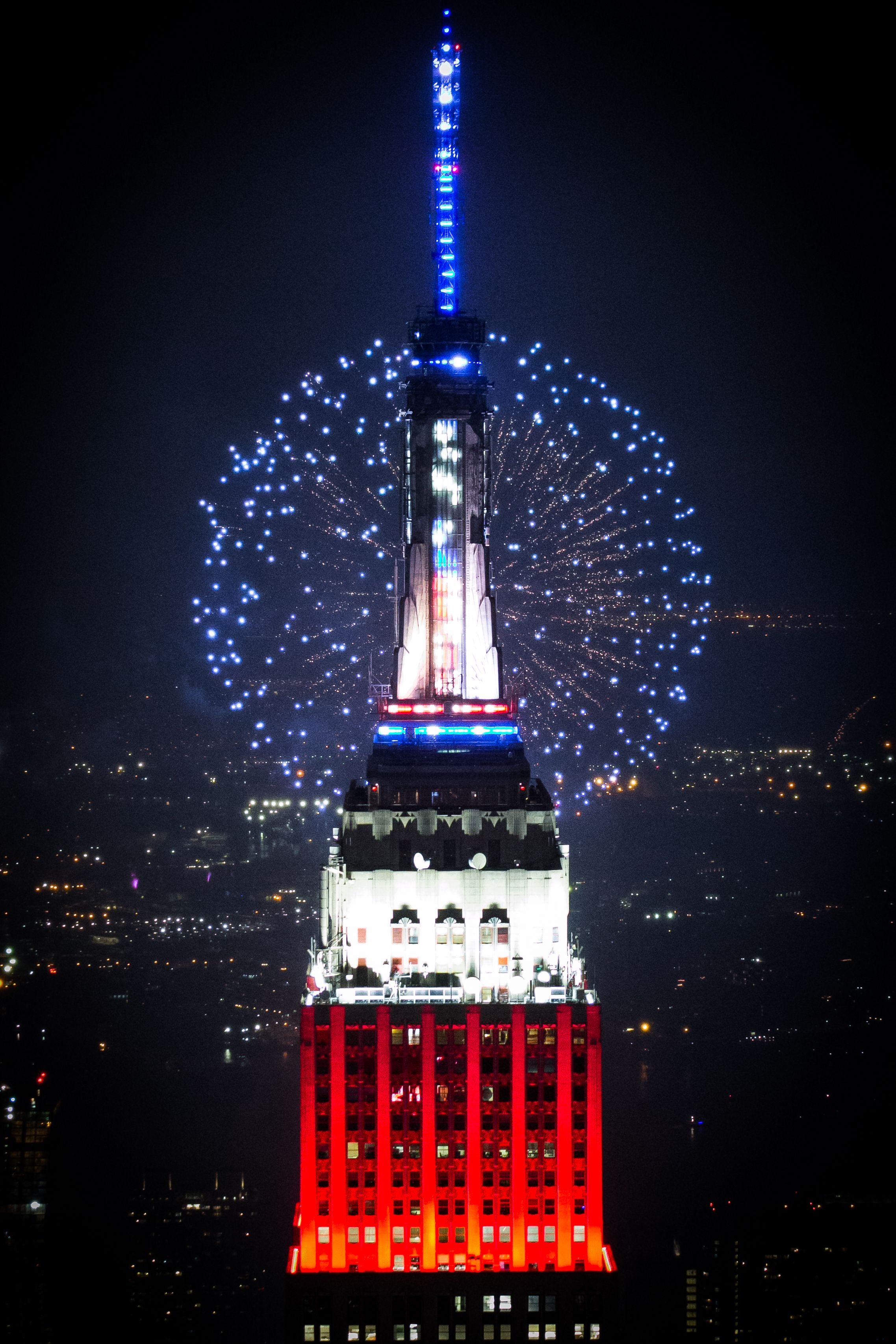 The Heart Of New York City In All Of Its Glory By Natalie Amrossi With Images New York Christmas Fireworks Empire State