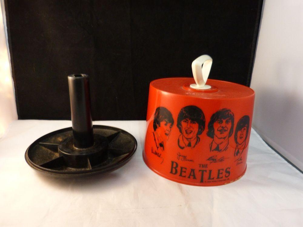 VINTAGE 1966-THE BEATLES DISK GO CASE, NEMS ENTERPRISES, NICE SHAPE, RED #825