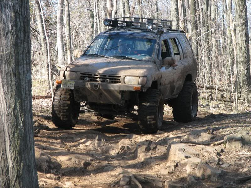 What are the top-rated off-road tire brands for a Nissan Pathfinder?