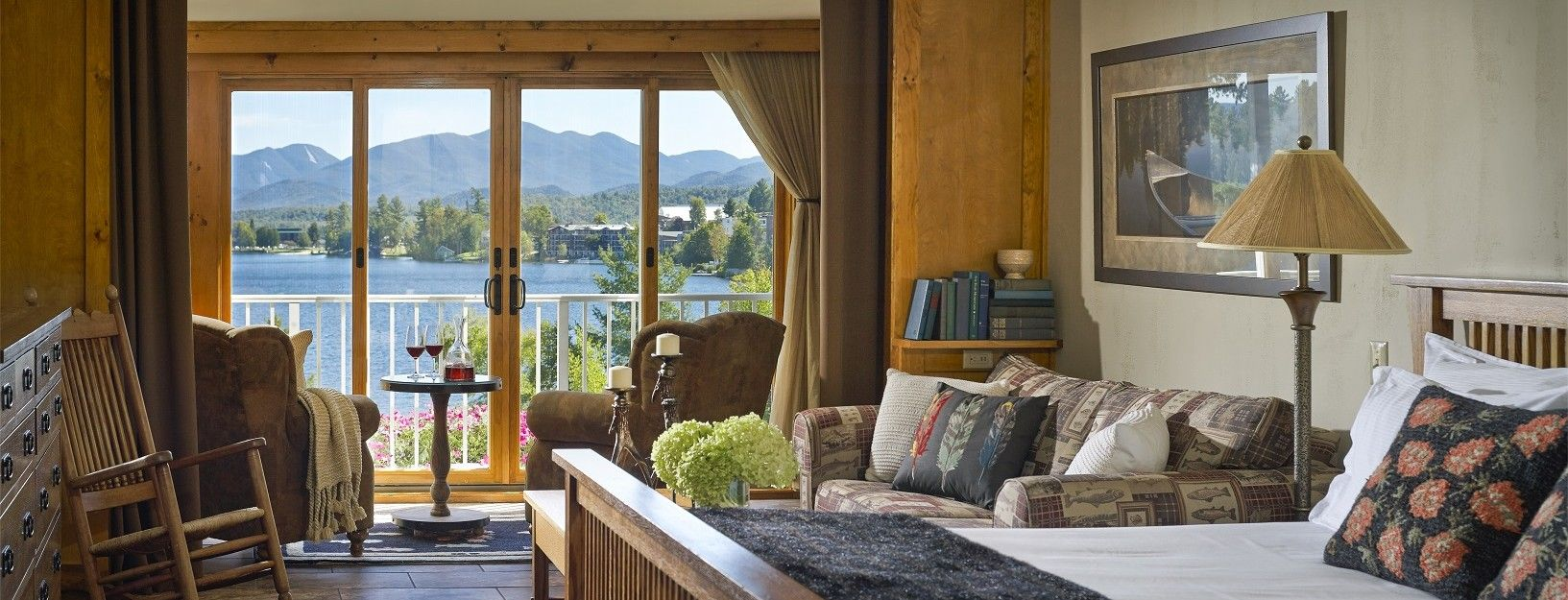 Stay At The Only Aaa Lakefront Hotel In Lake Placid Mirror Inn Is A Beautiful Adirondack Offering Luxury Accommodation Lakeside Dining