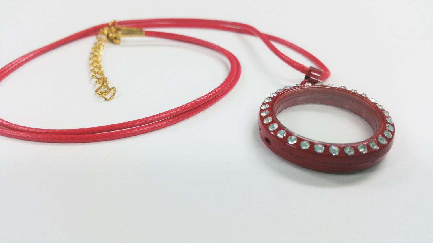 1 Cord Necklace - with 30mm Red Rhinestone Magnetic Floating Locket Pendant FL0043