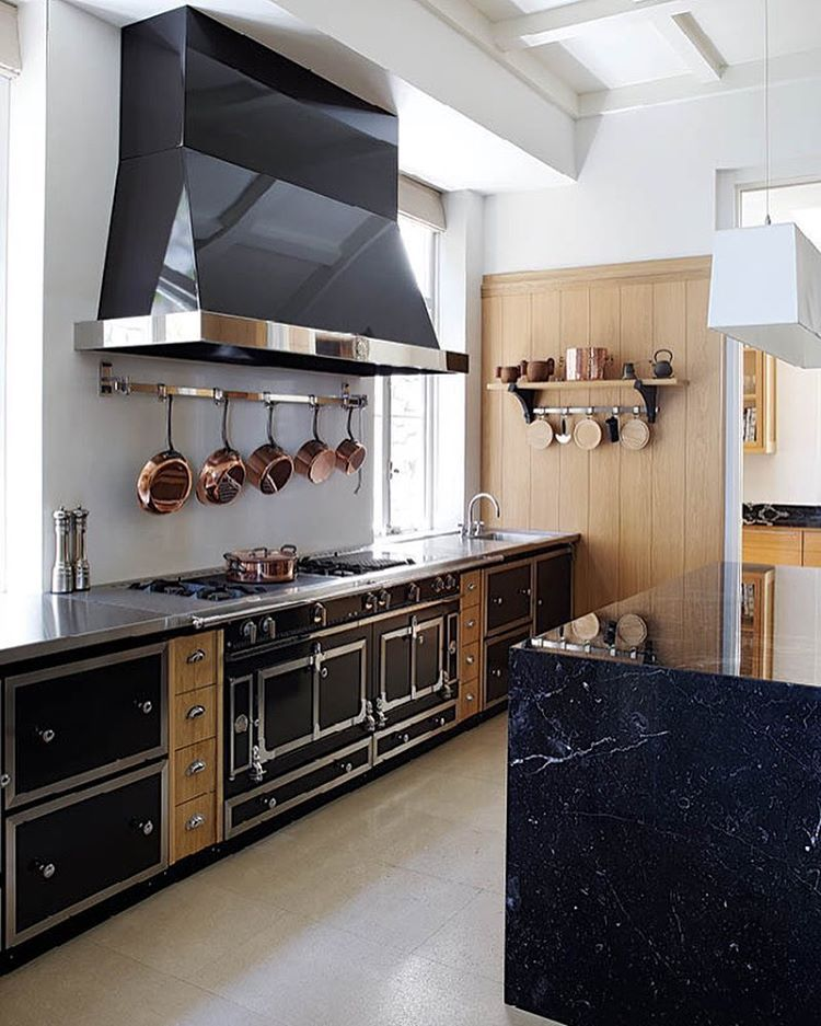 Every La Cornue Château kitchen is made-to-measure and is available ...