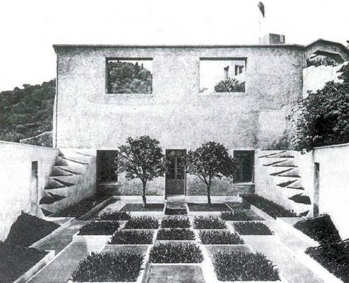 the cubist garden of villa noailles in hy res france by gabriel gu vr kian 1926 times gone. Black Bedroom Furniture Sets. Home Design Ideas