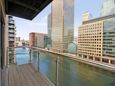 Canary Wharf And Docklands Apartment Rental View From Balcony River Thames
