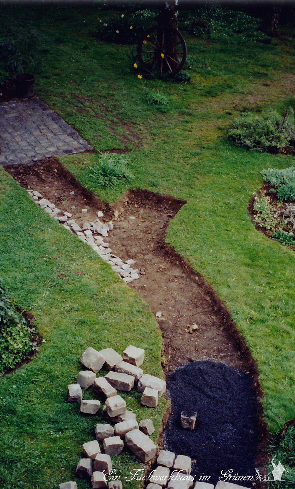 Gartenweg natursteine grosspflaster garten for Natursteine garten