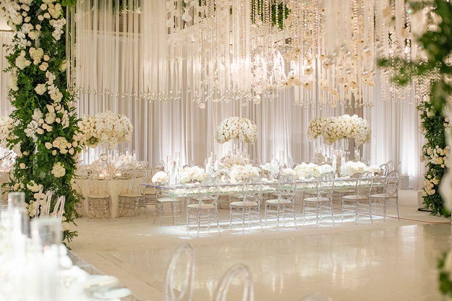 Luxury Southern California All White Wedding Strictly Weddings All White Wedding Luxury Weddings Reception Wedding Ceiling