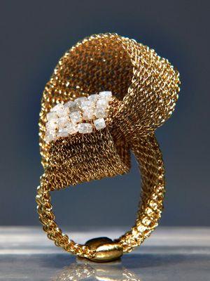 Rina Tairo - no ordinary jewellery