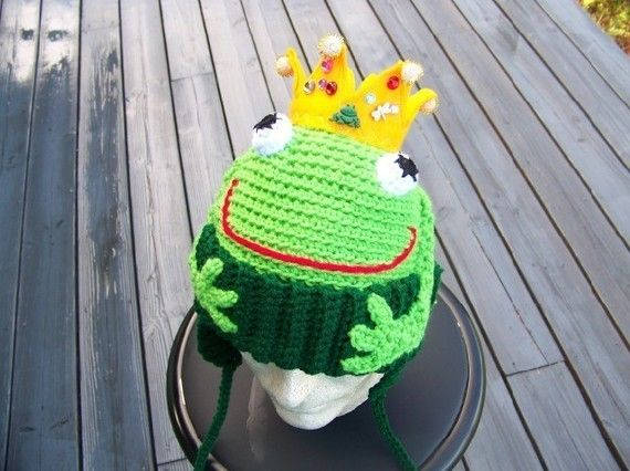 What a cute twist on a frog hat