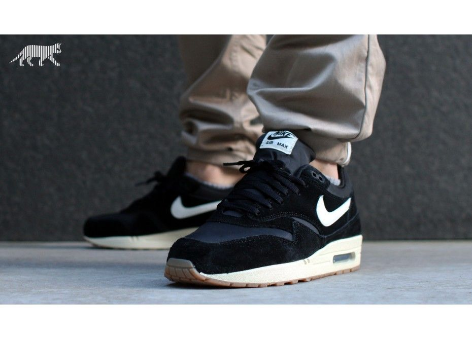 Fashion · Nike Air Max 1 Essential Black White