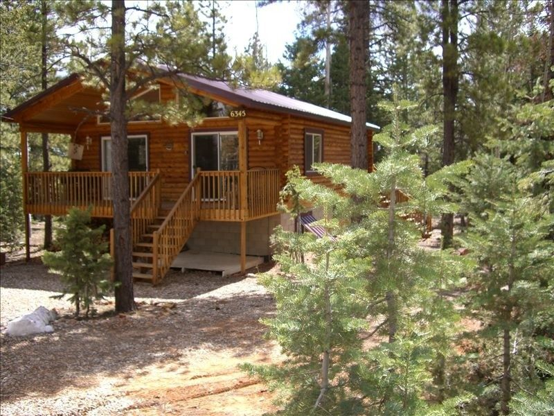 Zion National Park Vacation Rental   VRBO 224691   2 BR UT Cabin, Cedar  Haven Cabin   Between Bryce And Zion | SouthWest Spring 2014 | Pinterest |  Cabin, ...