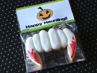 SugarBliss Cookies: SugarBliss Fangs