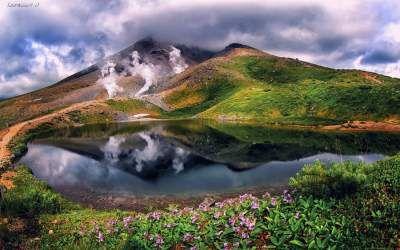 Фотограф показал красоту природы в отражениях водоемов ...