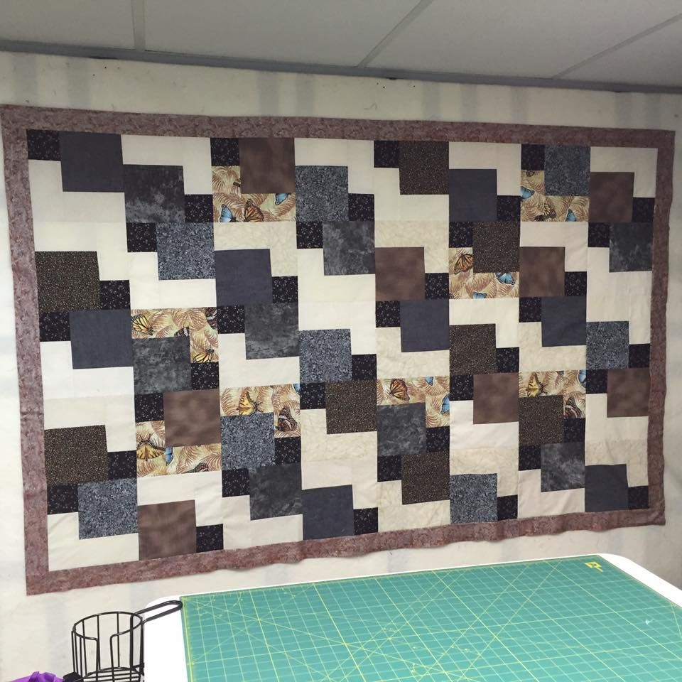 Mystery Quilt Pattern From Just Us Quilters Made By Billie Stephens Mystery Quilt Patterns Quilt Making Mystery Quilt