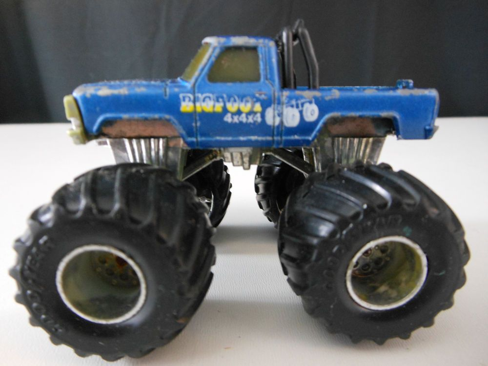 matchbox super chargers bigfoot monster truck 1985. Black Bedroom Furniture Sets. Home Design Ideas