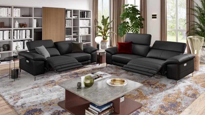 Das 3 Sitzer Leder Designersofa Siena Prasentiert Sich Als Multifunktionelle Designercouch Die Elektrische Relaxfu Sofa Design Designer Couch Gartenmobel Sets