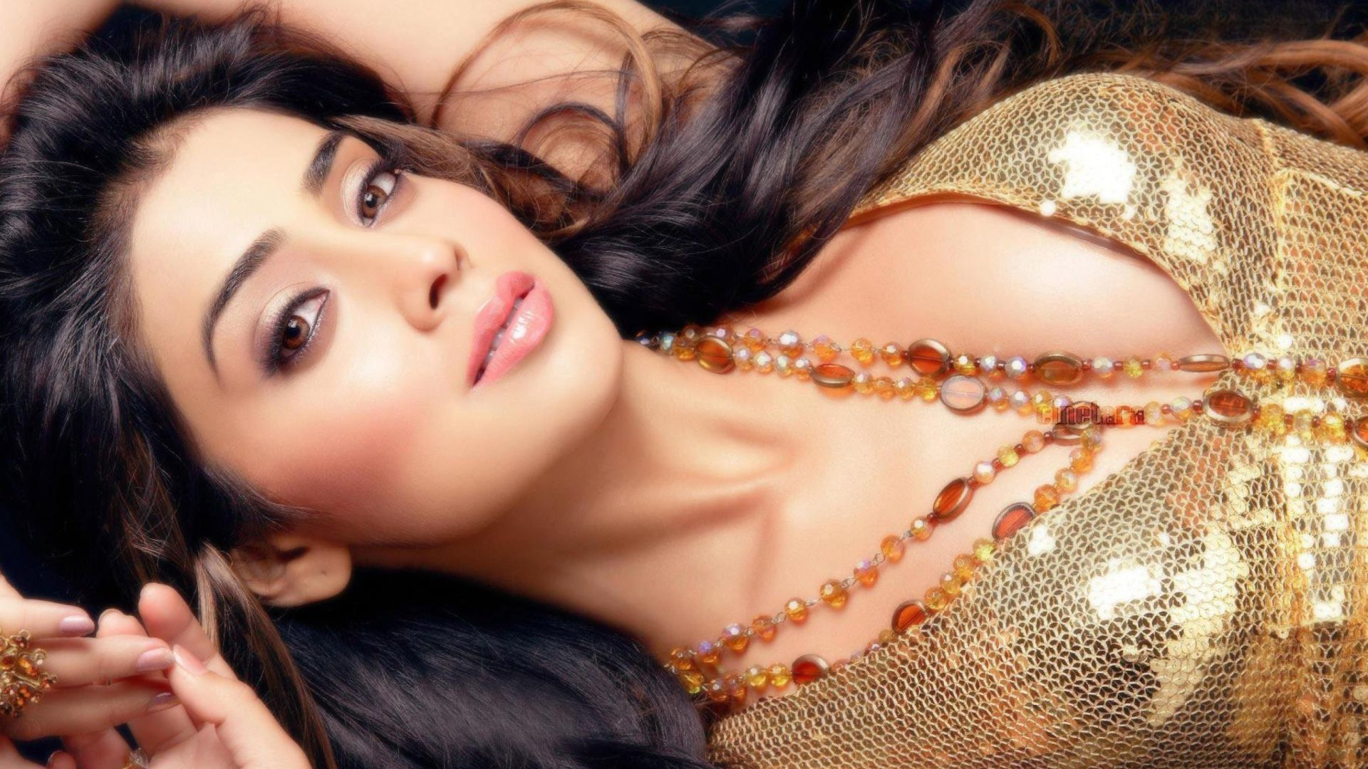 Telugu Actors Hd Wallpapers 53 Wallpapers: Shriya Saran Hot HD Wallpapers 2015