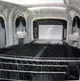 Paradise Theatre In West Allis Wi West Allis Wisconsin West Allis Milwaukee Wisconsin
