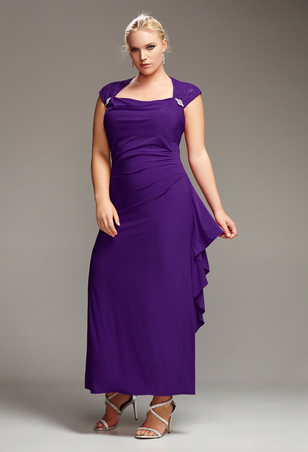 Plus size fashion clothing including tops, pants, dresses ...