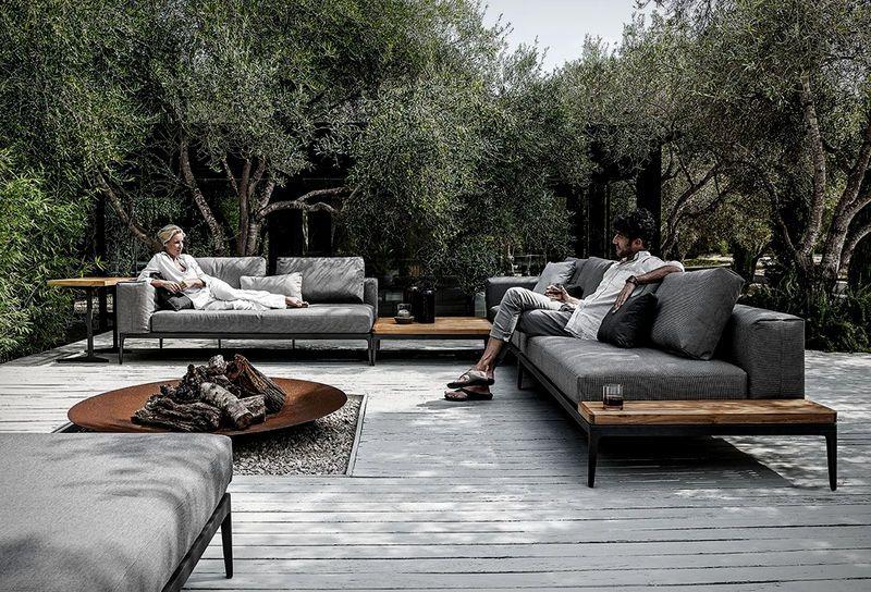 Elegant Interchangeable Outdoor Sofas Unique Outdoor Spaces Luxury Outdoor Furniture Backyard Seating