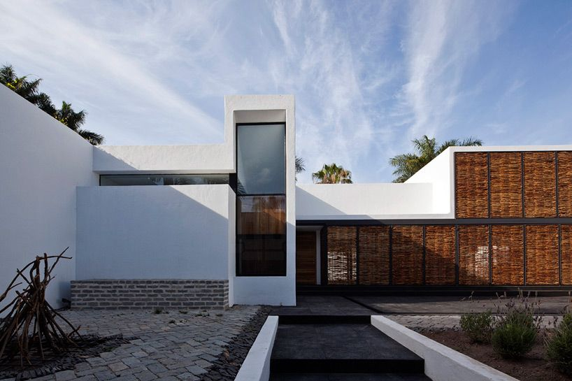 atelier ars house and studio in mar chapalico guadalajara mexico designbooom