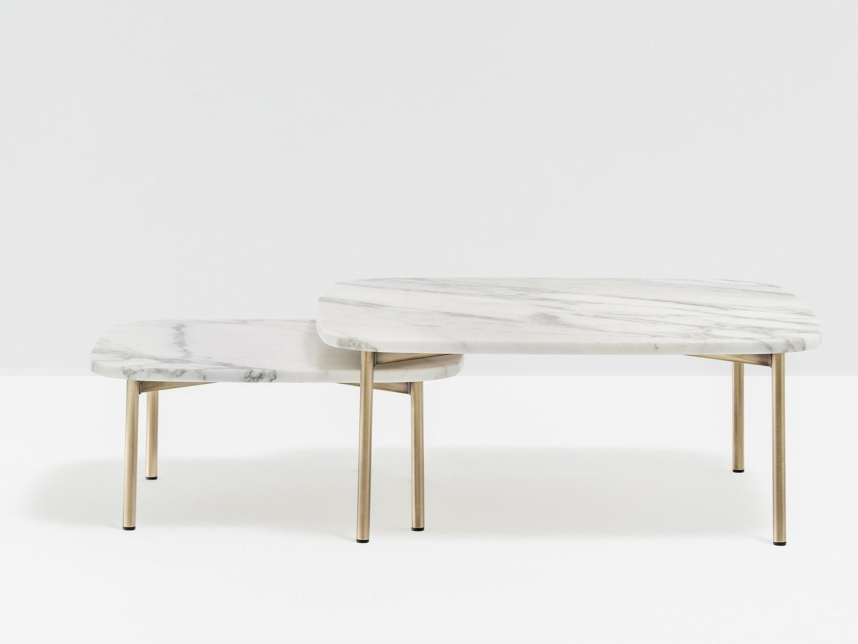 Square marble coffee table BUDDY 59X59 by PEDRALI | Mobilier