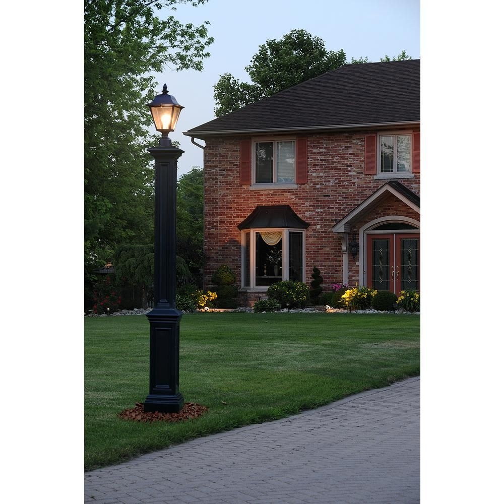 Mayne Signature Black Lamp Post With Mount Lamp Posts In