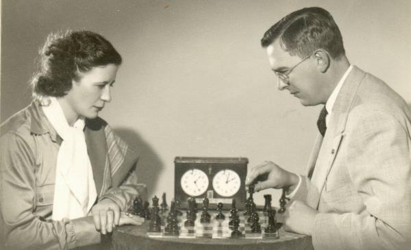 Sonja Graf con Max Euwe