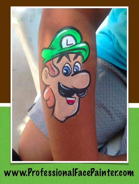 If You Love Super Mario Bros You Ll Love Our Mario And Luigi Face Painting Check Out Luigi Painted Super Fast At An Event In Dana Point Ora Schminken Luigi