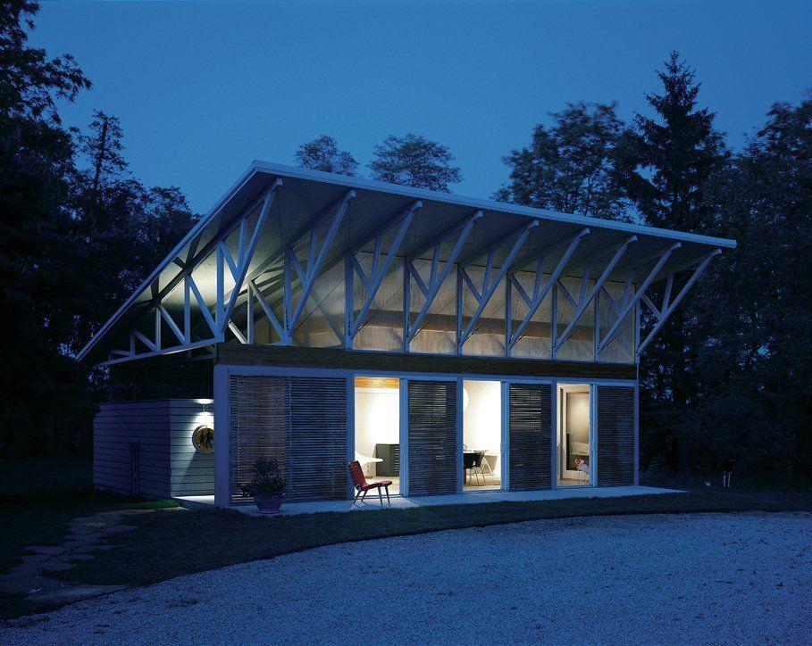 Perfect summer cottage, via architzer: http://www.architizer.com/en_us/projects/pictures/sawyer-studio/16127/126967/
